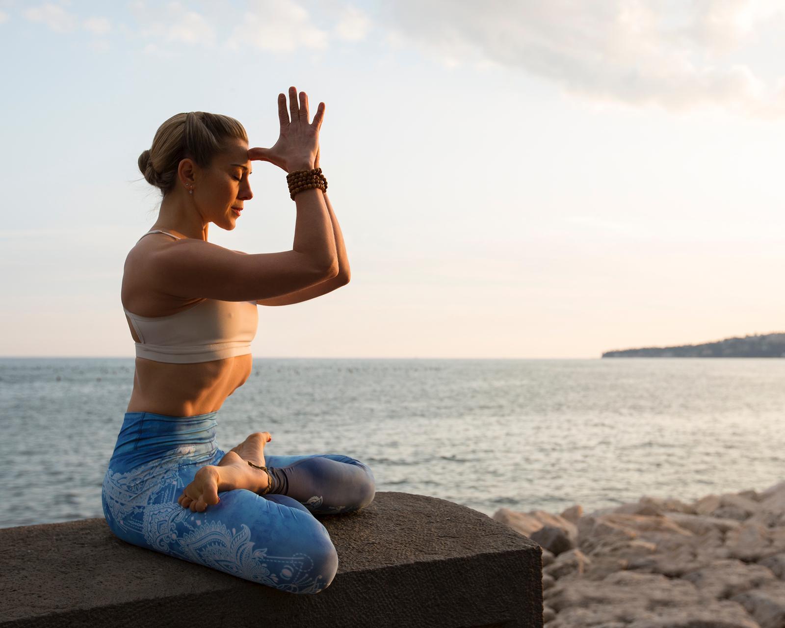 Dharma Yoga Intensivo con Ambra Vallo | 9-11 Aprile 2021